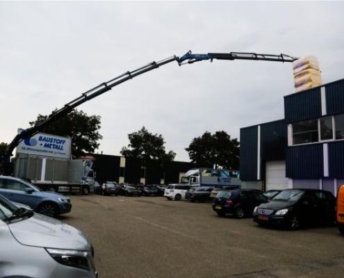 Kraanwagen opening Baustoff + Metall Zwolle