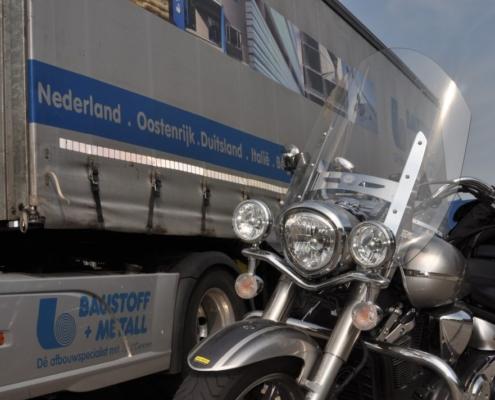 Motor voor vrachtwagen Baustoff + Metall